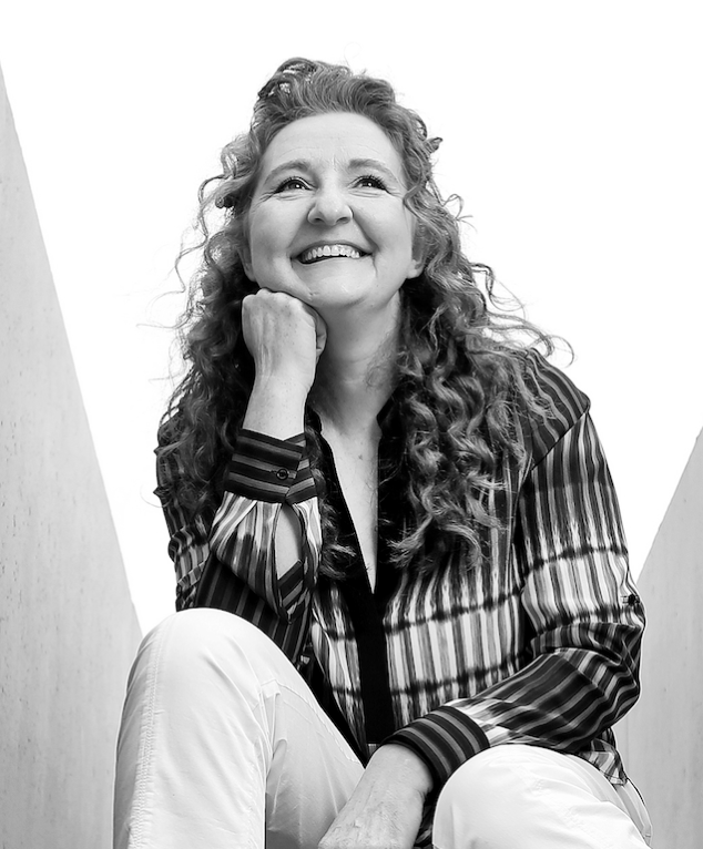 Niamh Shaw, Dr.